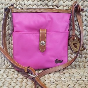 Authentic Dooney and & BOURKE crossbody fuscia